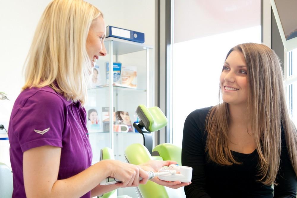 Zahnprophylaxe und professionelle Zahnreinigung in Neu-Isenburg